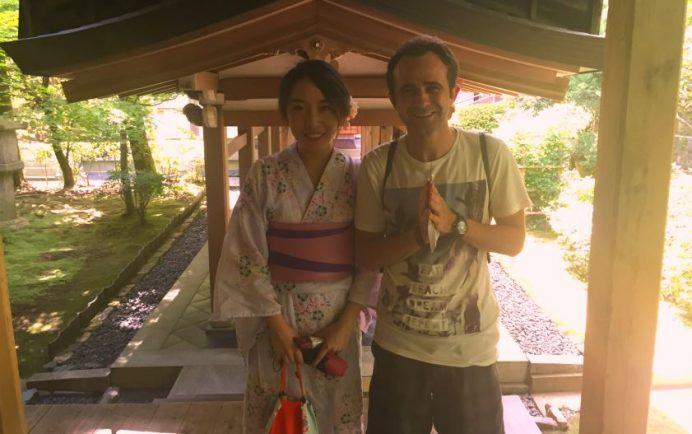 japon yerel kıyafeti kimono