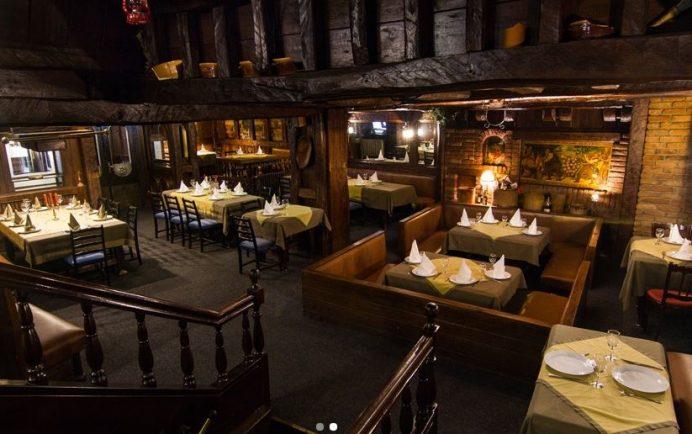 Dva Jelena Belgrad Restoranı