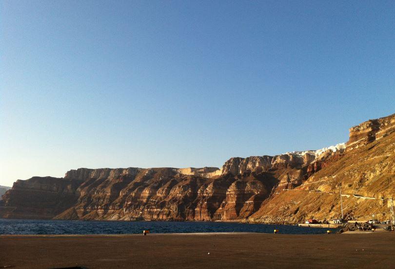 Diğer_Limandan_Santorini_Manzarası