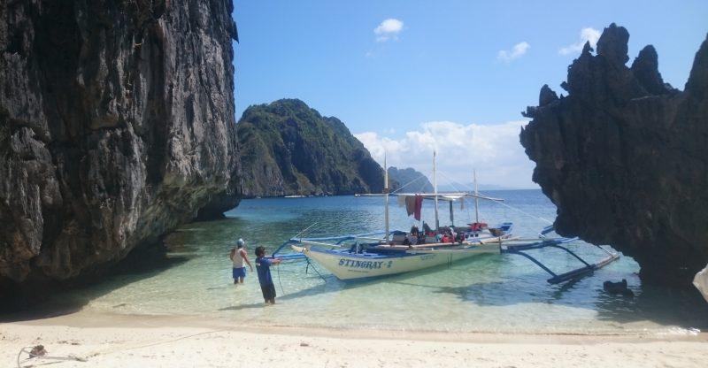 Filipinlerde_gezilecek_yerler_el_nido_sahilleri