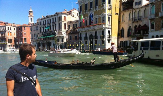 venedik kanalları italya