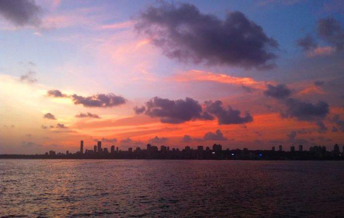 Mumbai-Bir Yanda Zenginlik