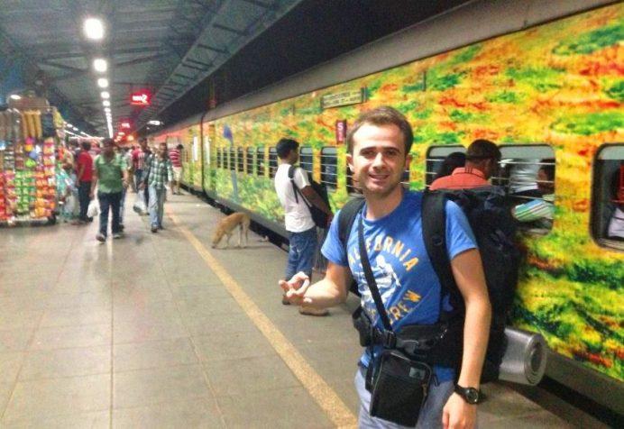 Hindistan Trenleri