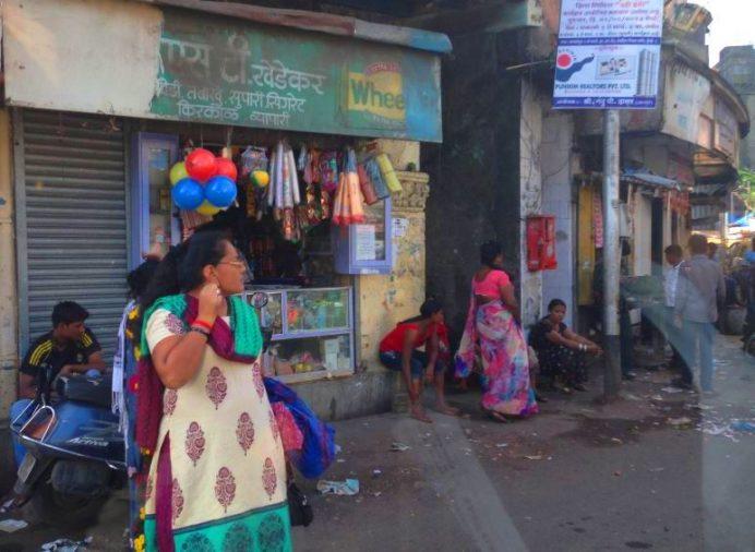 hindistan - mumbai - sokakları