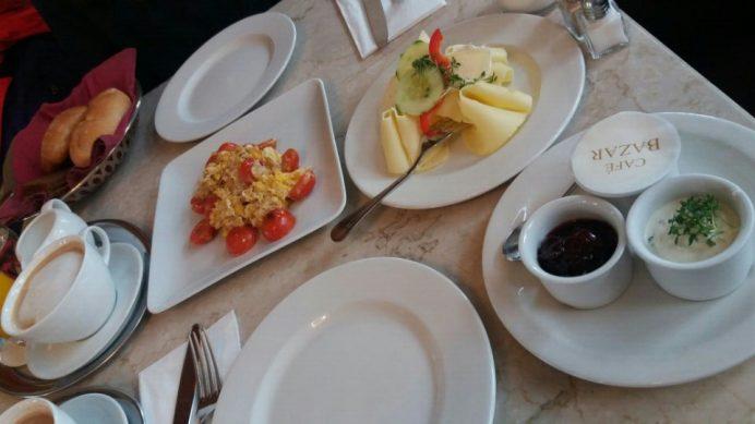 cafe_bazar