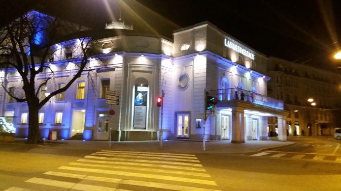 Salzburg_Tiyatro_Binası