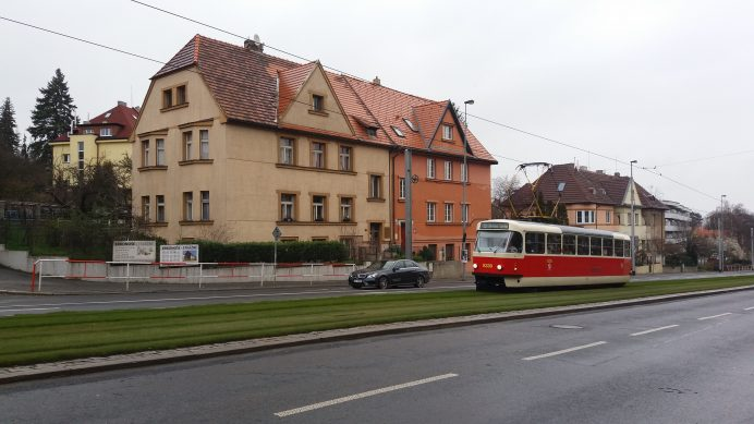 Prag_Caddeleri_ve_Tramvay