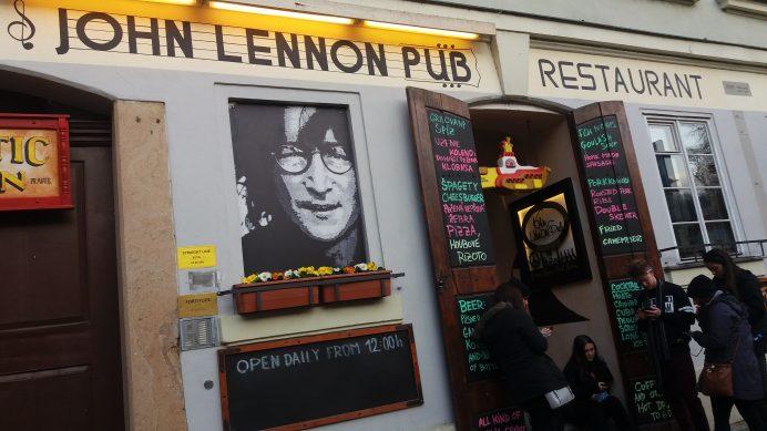 John_Lennon_Pub_Prag
