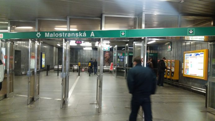 Prag'da_Metro_İstasyonu