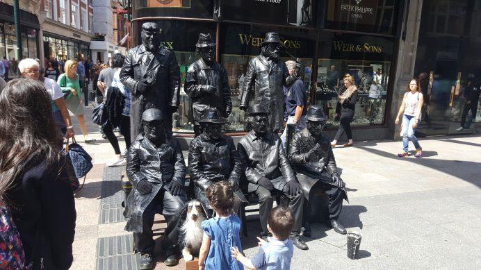 Dublin'in_ünlü_alış_veriş_caddesi