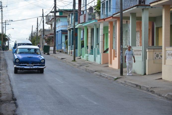 Kuba_Sokaklari