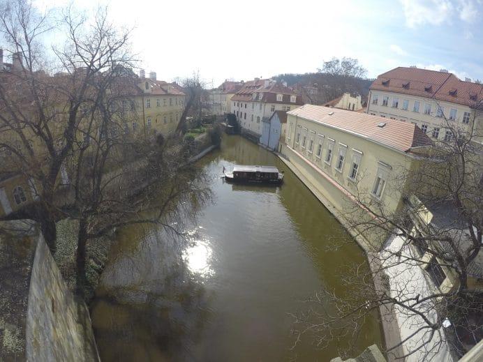 Prag'ın_Kanallarından_Biri