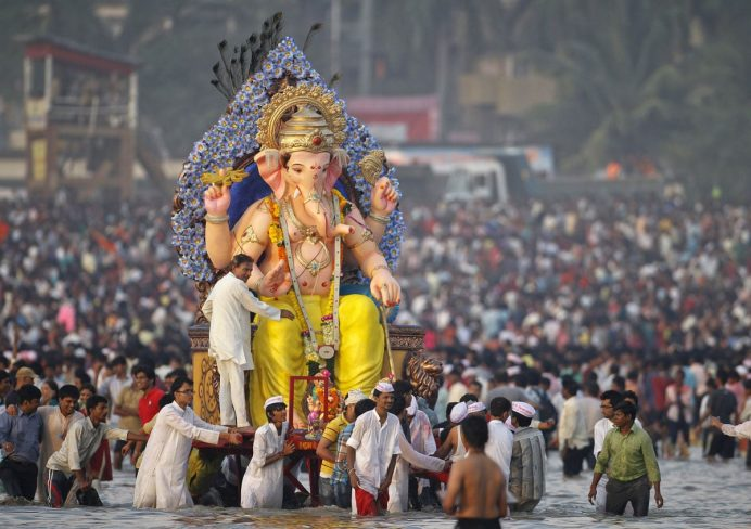 Ganesh_Chathurthi_festivali_hindistan