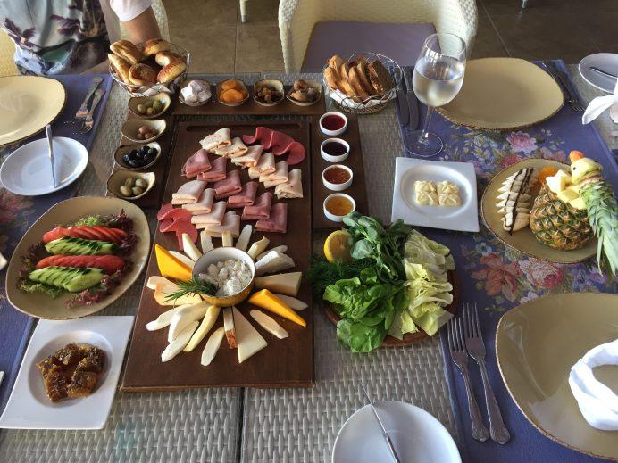 Kahvaltı Türk insanının olmazsa olmazlarından