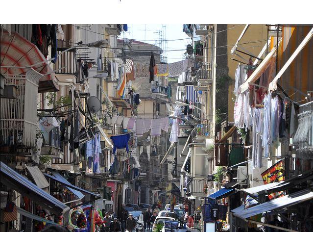 Napoli-çamaşırlar