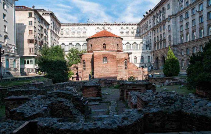 Saint_George_Rotunda_Kilisesi_sofya_bulgaristan_araba_vizesi_şehirleri_başkenti