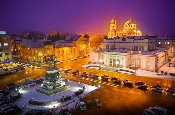 Sofya_nerede_Kurtarıcı_çar_anıtı_alexander_nevsky_katedrali