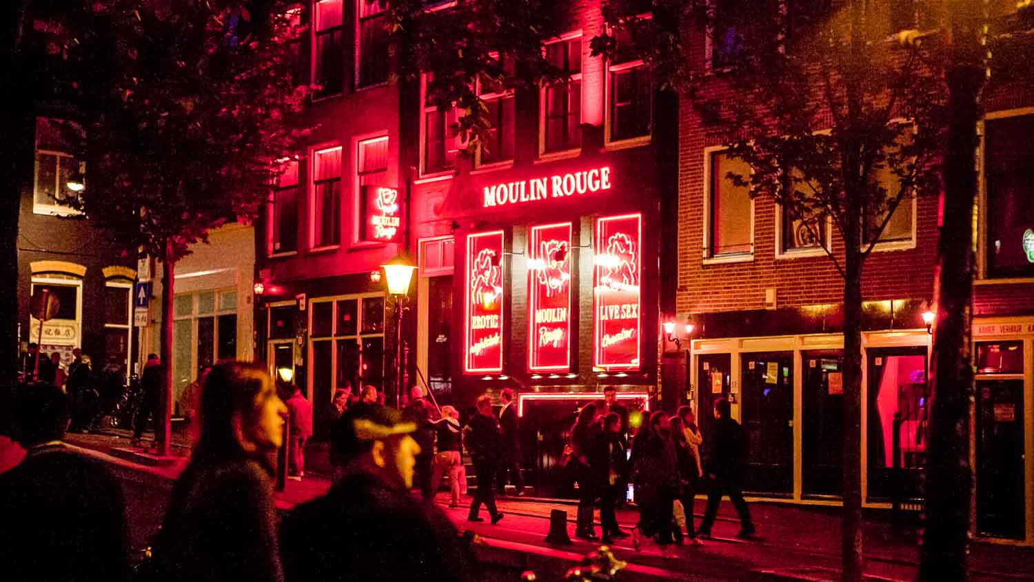 amsterdam-red-light-street