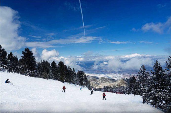 bansko_bulgaristan_şehirleri_vizesi_araba_kiralama_kayak