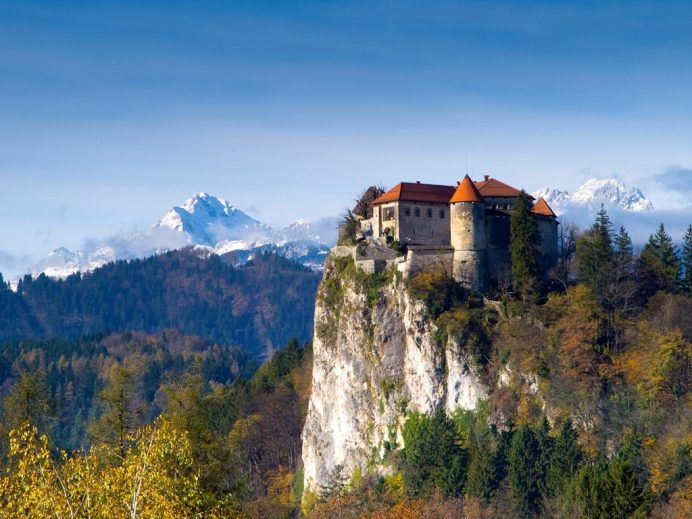 bled-kalesi-slovenya