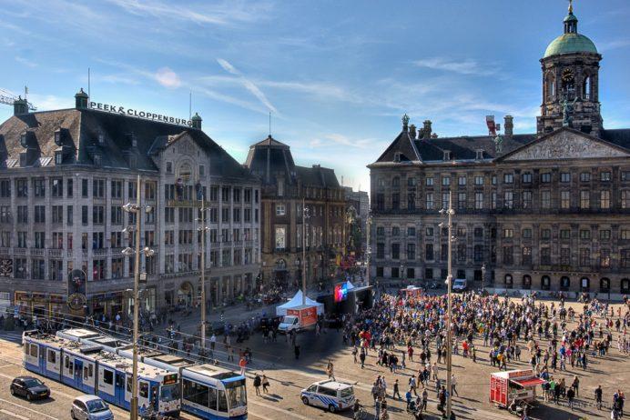 dam_square_amsterdam