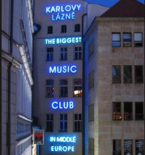 Karlovy_Lazne_Orta_Avrupa'nın_En_Büyük_Gece_Kulübü