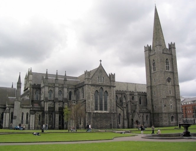 Dublin_turu_St._Patrick's_Cathedral