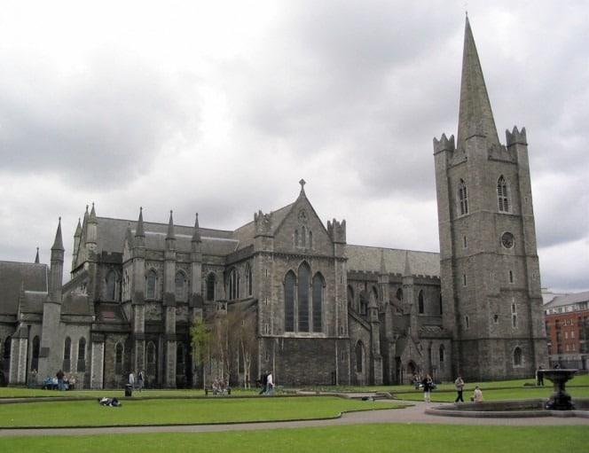 Dublin_turu_St._Patrick's_Cathedral