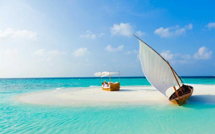 maldivler_male_balayi_ucak