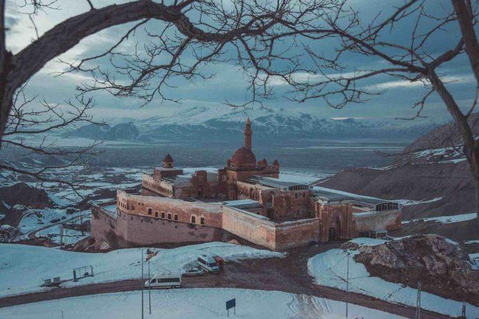 ishakpaşa - sarayı