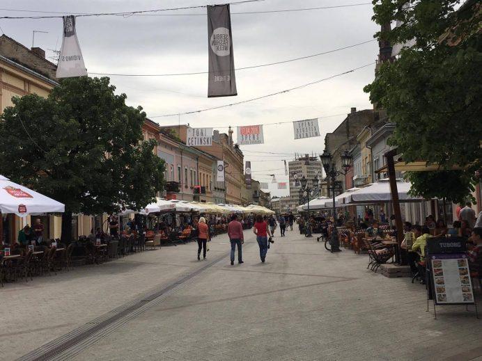 novisad-özgürlük-meydanı