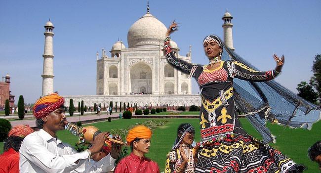 taj-mahotsav-agra-delhi-tac-mahal-hindistan