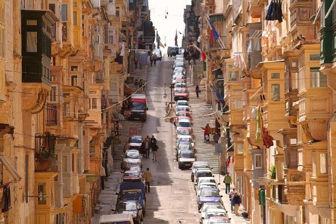 malta_nin_baskenti_valletta_sokaklari
