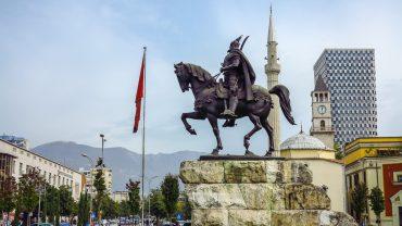 Arnavutluk-Tiran-Balkan turu