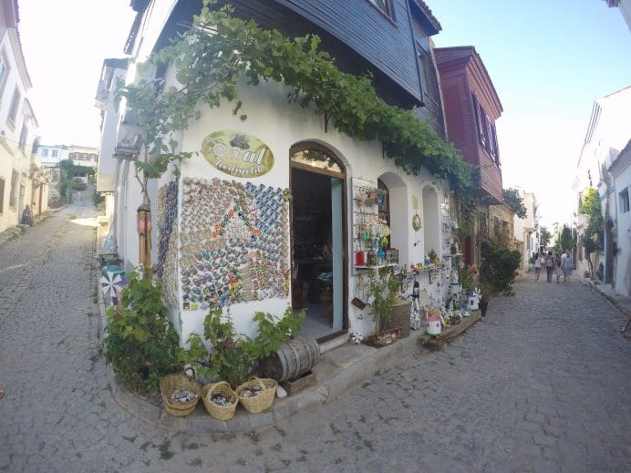 Bozcaada'nın Hediyelik eşya dükkanları