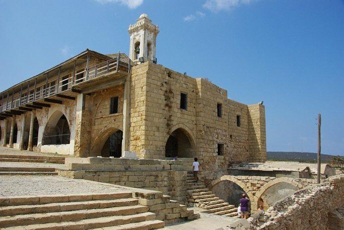 apostolos-andreas-manastırı