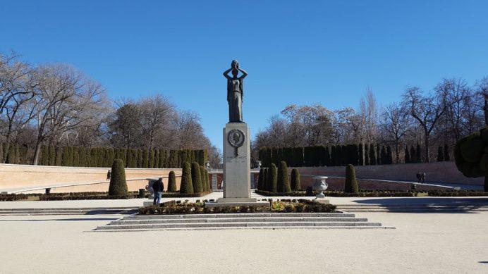 Madrid turunun vazgeçilmezi El Retiro Parkı