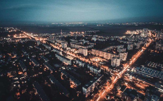 odessa_deribasovskaya_caddesi_gezilecek_yerler_ukrayna_gezisi_ukrayna_sokak_havayolları_night_gece_hayatı_geceleri_kadınları_kiev