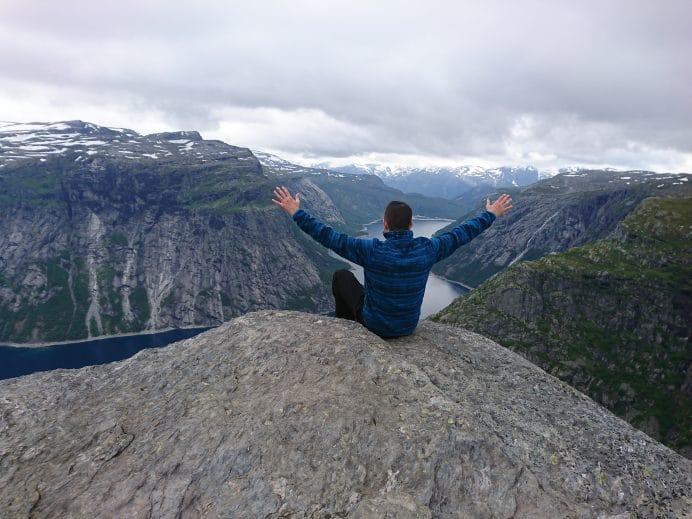 Trolltunga-Uçurumu-Norveç