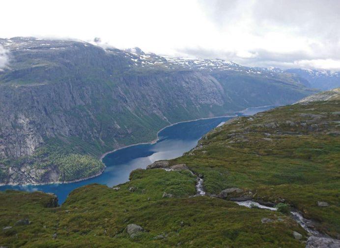 Trolltunga-Norveç