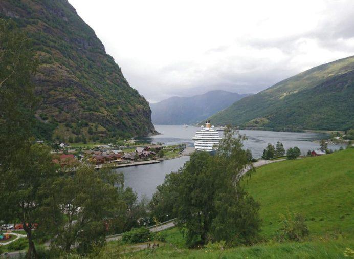 Flam-Köyü-Norveç