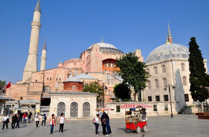 istanbul_ayasofya_meydani