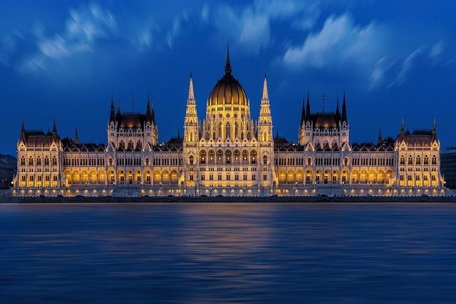 Budapeşte Parlemento Binası-Macaristan Parlemento Binası-Macaristan Gezisi