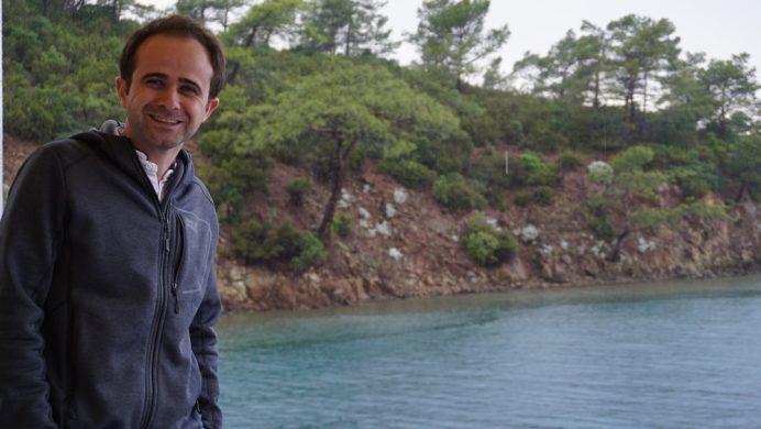 mavi_tur_yagmurlu