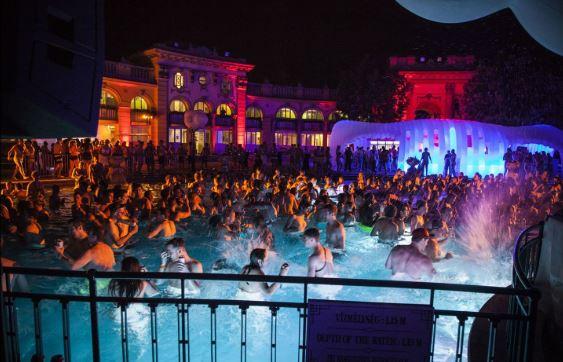 Budapeşte Gece Hayatı - Budapeşte Kadınlar - Budapeşte Striptiz Kulüpleri - Macaristan Gece Hayatı