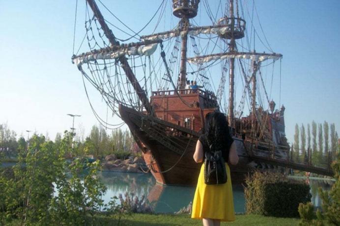 sazova-parki-korsan-gemisi