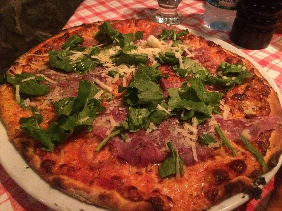 Bodrum restaurantlari Arka Pizzeria
