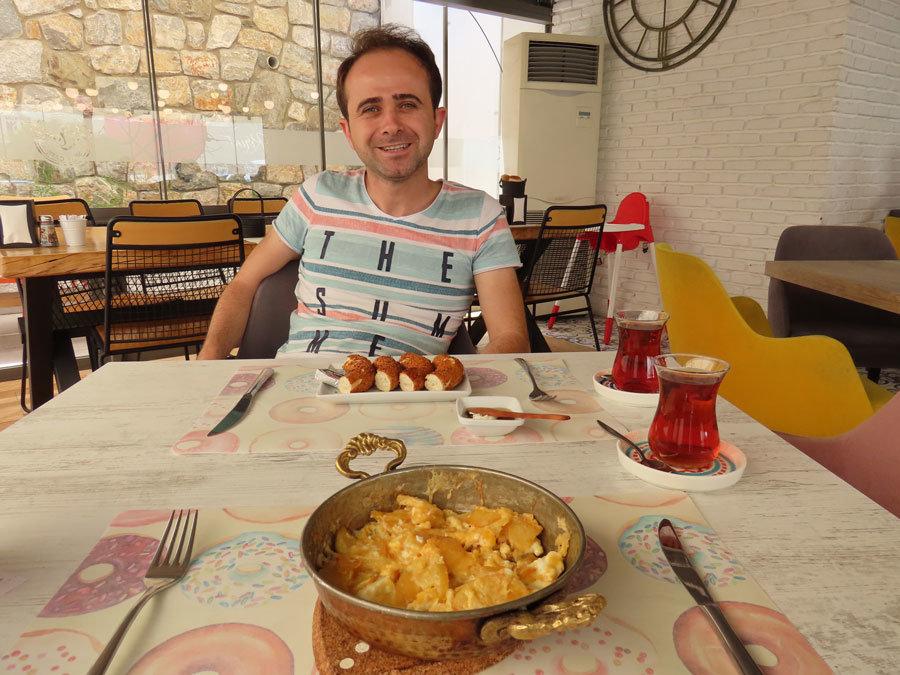 Bodrum restaurantları Kırıntı Simit Cafe